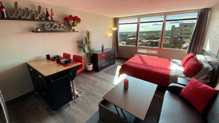 The 609 Studio Apartments - THE 609 STUDIOS 609 8TH AVENUE GREELEY, CO 80631 The 609 Studios has Greeley apartments, Greeley Studio apartments, furnished and unfurnished Greeley apartments, units starting at just $895 per month for 12 month leases and $945 for 6 month Leases! Call now: 970-353-0147.