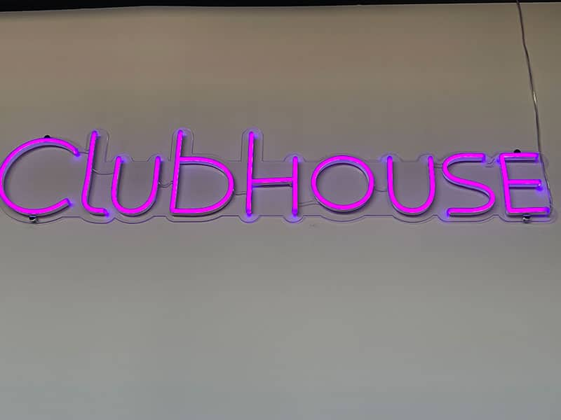 The 609 Studio Apartments Greeley clubhouse sign